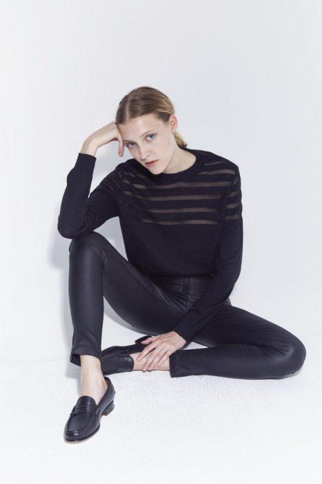 pantalon engomado y sweater negro bled otoño invierno 2020