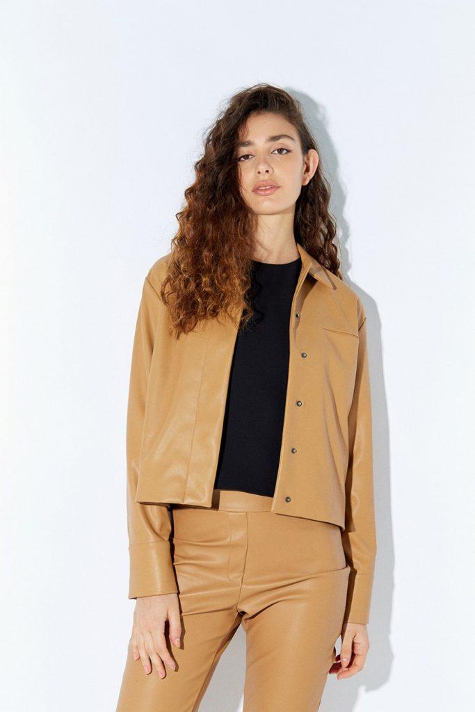 pantalon y chaqueta de cuero Ayres otoño invierno 2020