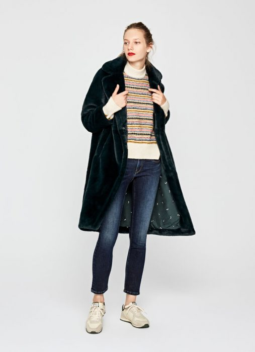 tapado de terciopelo con jeans para mujer invierno 2020 Pepe jeans
