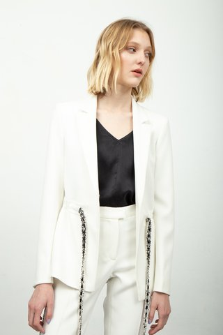 traje blanco mujer invierno 2020 Calandra