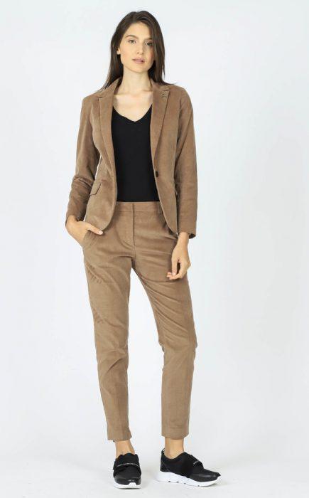 conjunto corderoy pantalon y blazer invierno 2020 Paula Cahen D Anvers