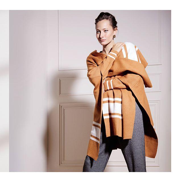 ruana tejidas señoras Etam invierno 2020