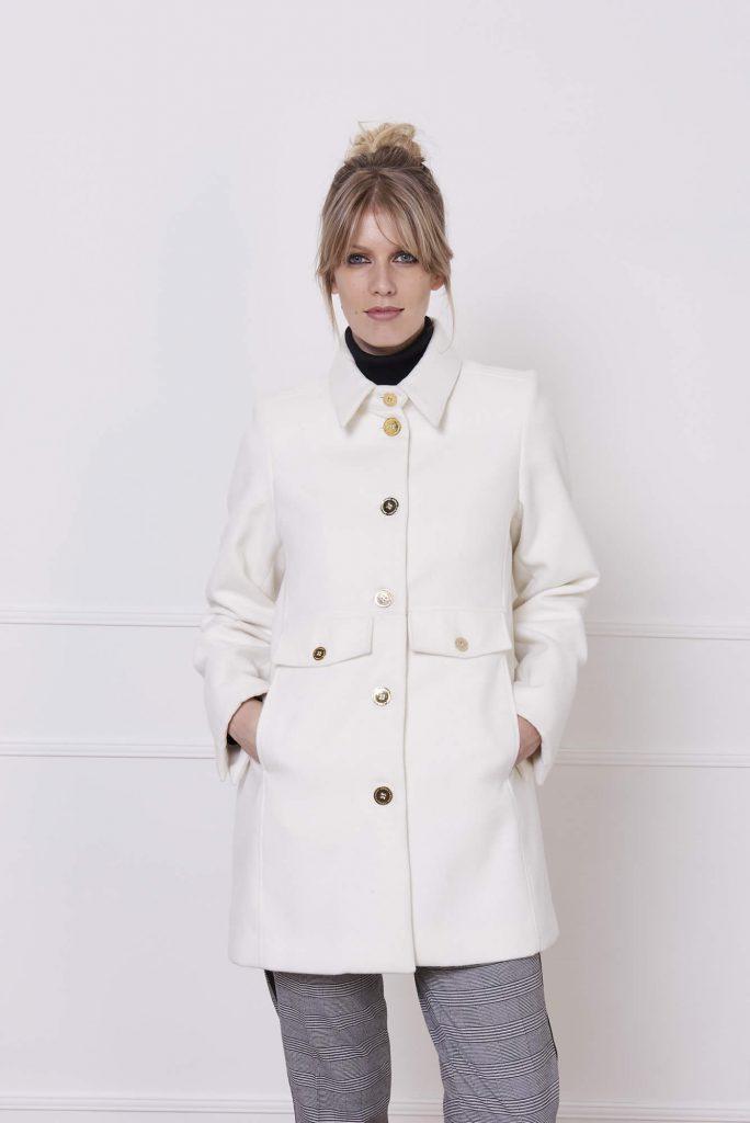 saco paño blanco invierno 2020 Adriana Costantini