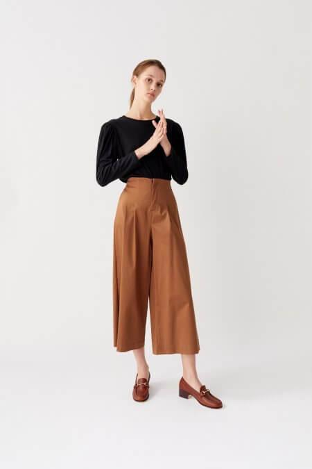sweater con mangas abultadas con pantacourt nare otoño invierno 2020