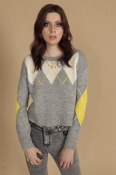 sweater con rombos mujer scombro invierno 2020