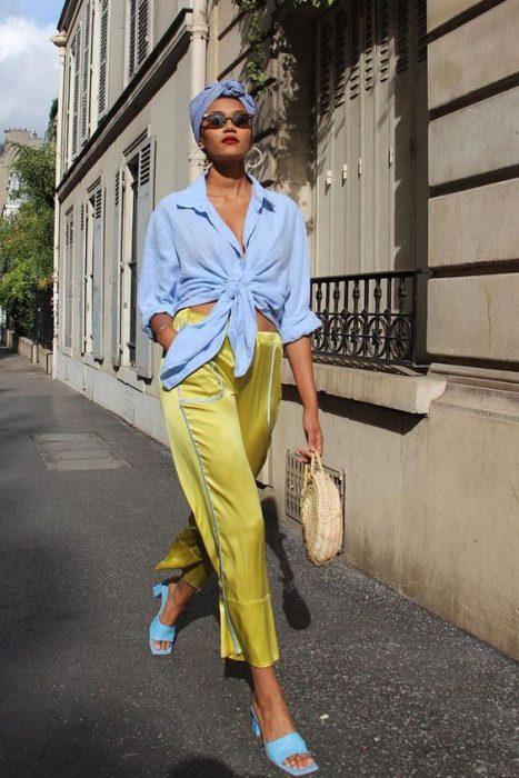 celeste y amarillo combinacion colores de moda verano 2021