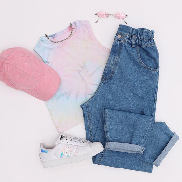 jeans mom de moda Psychic verano 2021