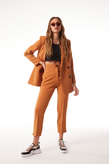 trajes juveniles mujer Ossira verano 2021
