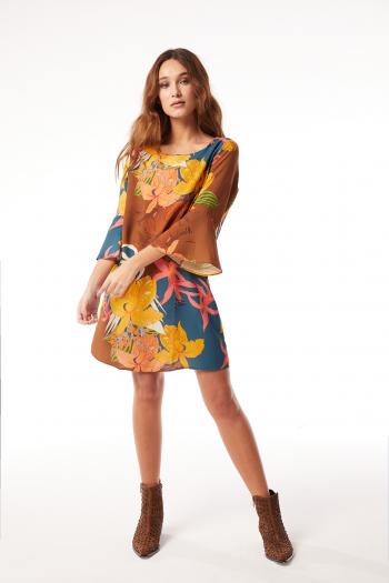 vestido corto con mangas Ossira verano 2021