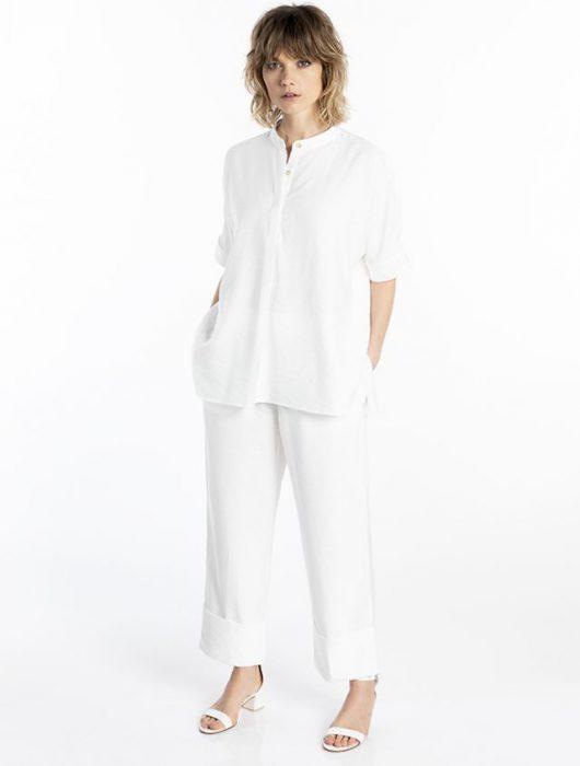 look con blusa y pantalon blanco verano 2021 Asterisco