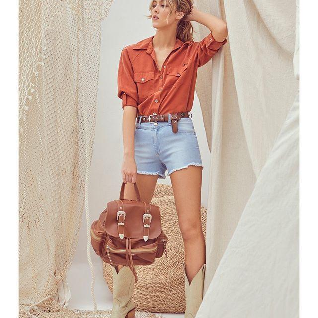 look con short y camisa casual vesna verano 2021