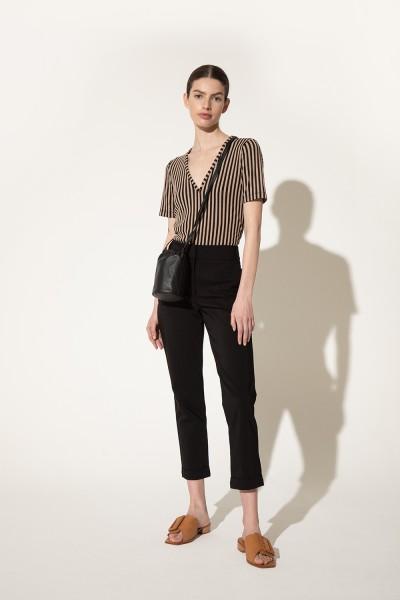 pantalon negro mujer moda Clara Ibarguren verano 2021