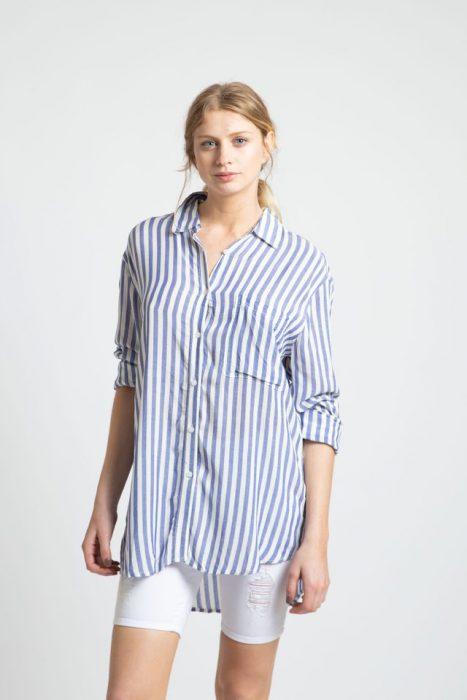 bermuda chupin y camisa a rayas Inversa verano 2021