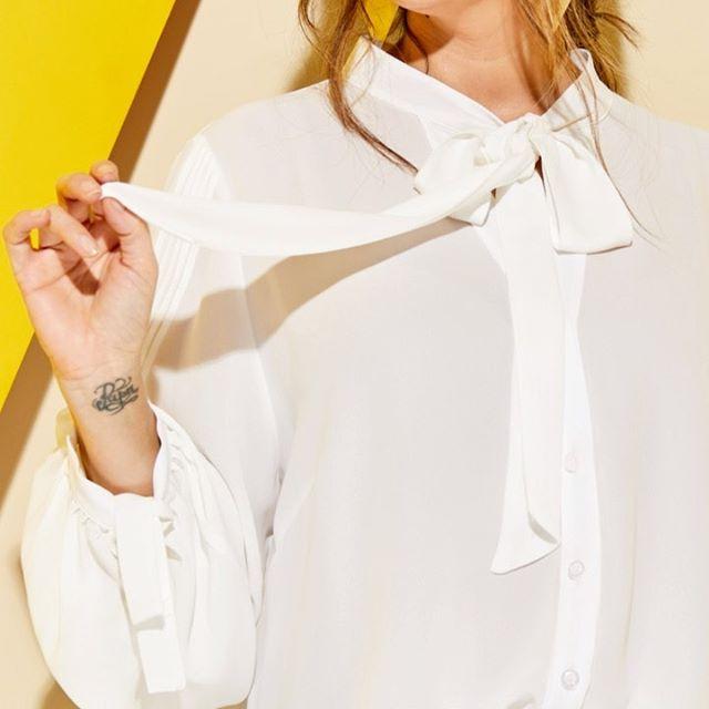 camisa blanca Mamy Blue para senoras verano 2021