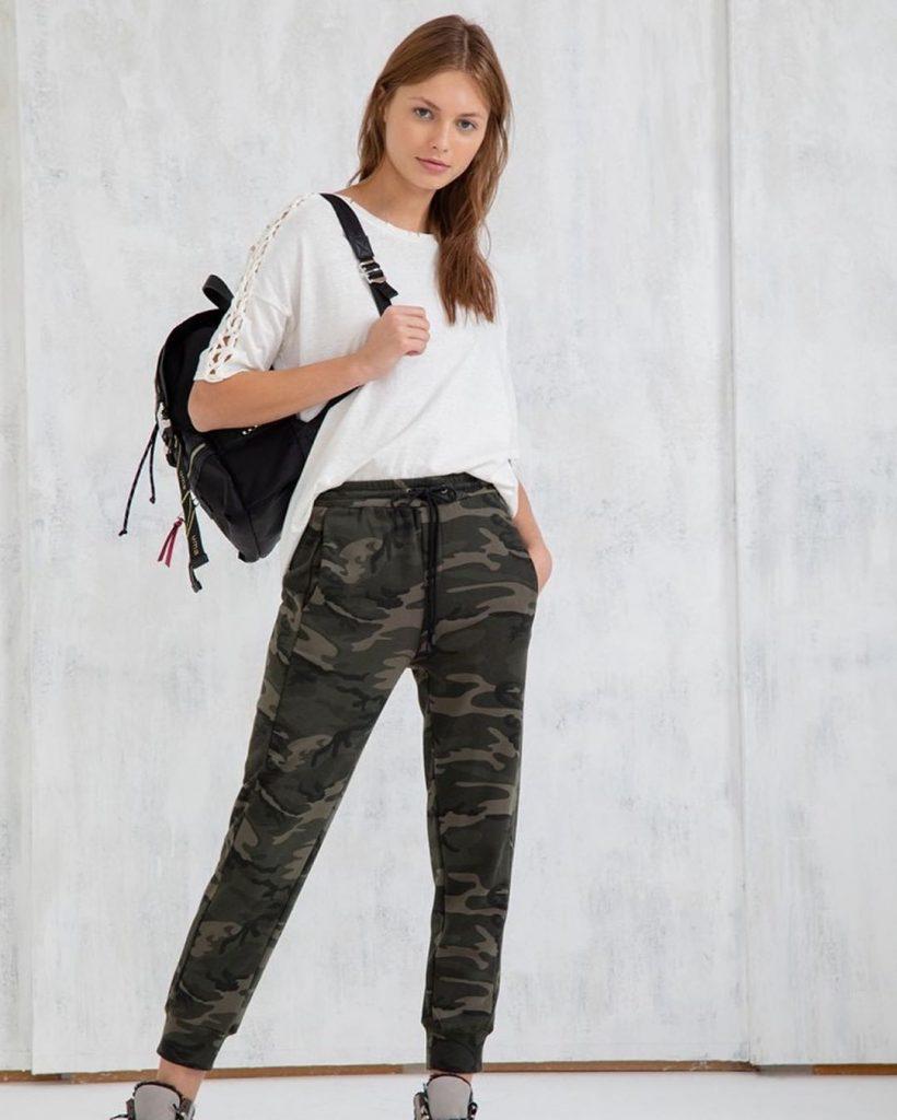 pantalon camuflado mujer UMA primavera verano 2021