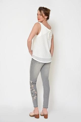 pantalon chupin bordado Moravia Jeans verano 2021