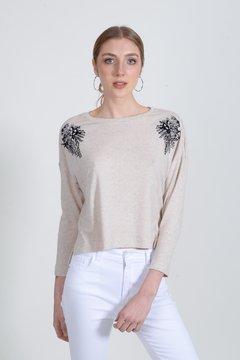 sweater hilo Zhoue verano 2021