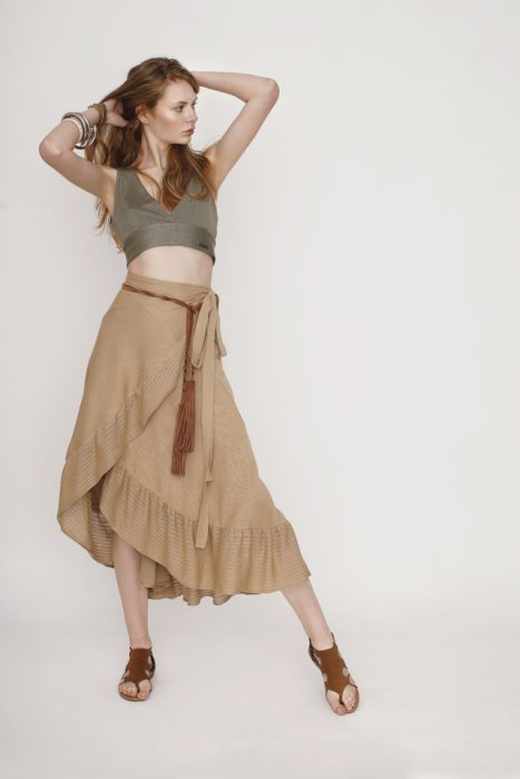 falda larga de hilo Agostina Bianchi verano 2021