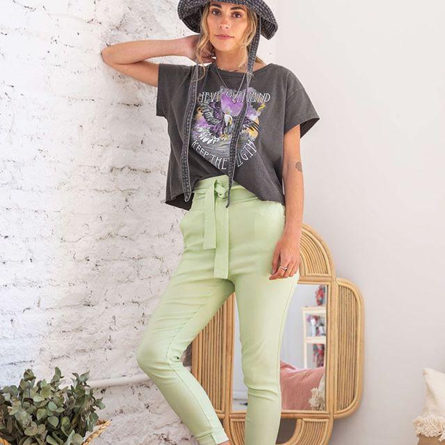 pantalones color pastel santa Bohemia verano 2021