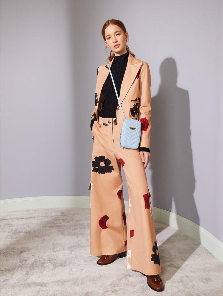 conjunto blazer y pantalon estampado Jazmin Chebar invierno 2021
