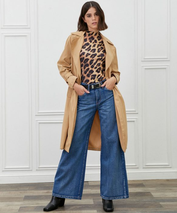 Jeans con camisa leopardo invierno 2021 Kosiuko