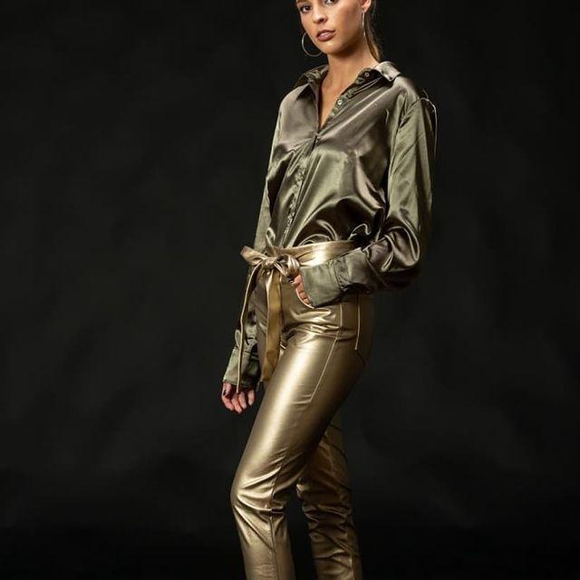 camisas y pantalones metalizados Pura Pampa invierno 2021
