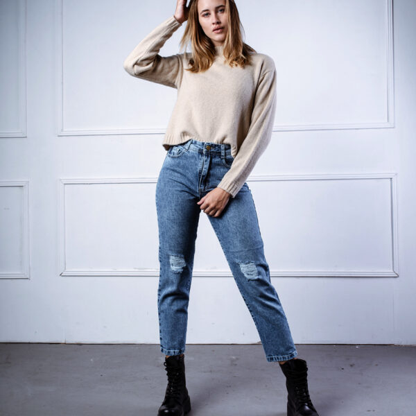 jeans mom tiro medio ecole invierno 2021