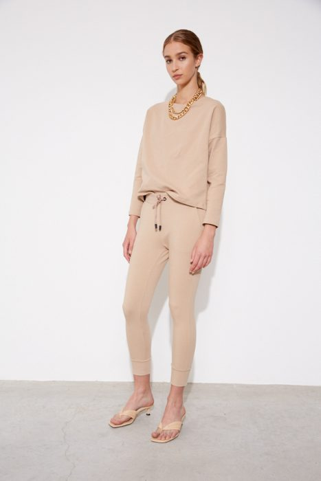 jogger beige mujer St Marie invierno 2021