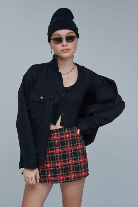 minifalda a cuadris 47 street invierno 2021