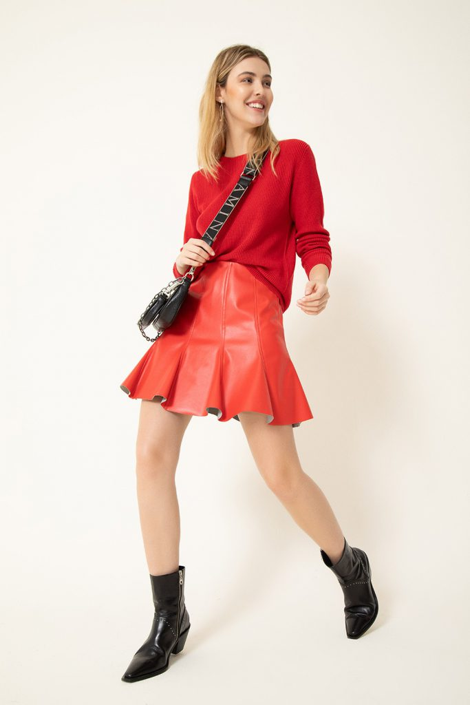 minifalda cuero mujer vitamina invierno 2021
