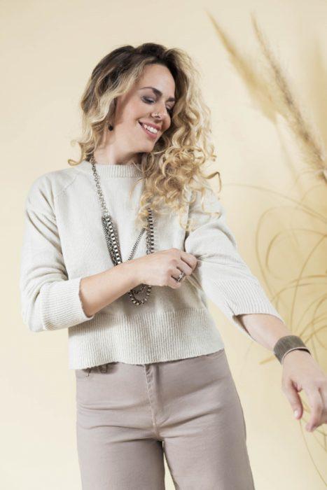 sweater corto tejido Eva Miller invierno 2021