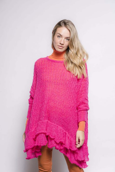 sweater estilo poncho holgado invierno 2021 La Cofradia
