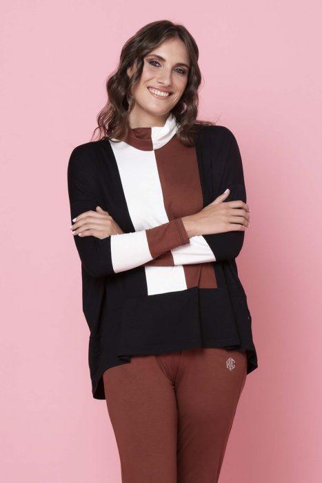polera y pantalon terracota invierno 2021 Adriana Costantini