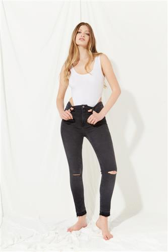 pantalon ajustado negro verano 2022 Koxis