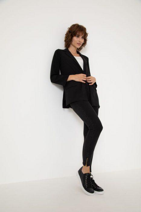usar traje con zapatillas verano 2022 Yagmour