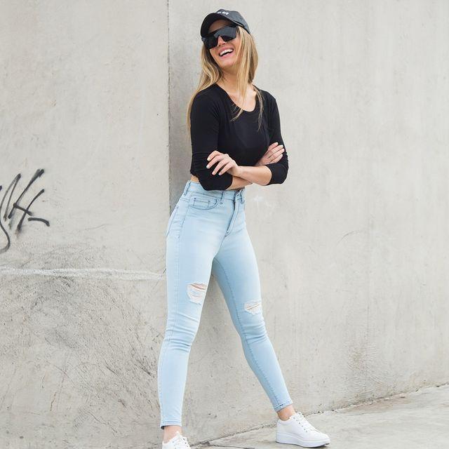 jeans claros chupines verano 2022 Striven